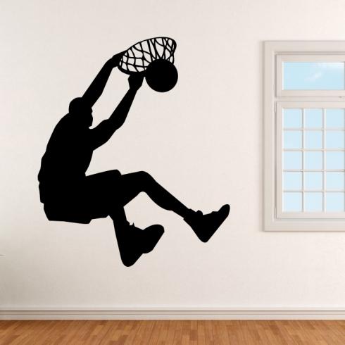 Smečující basketbalista - vinylová samolepka na zeď